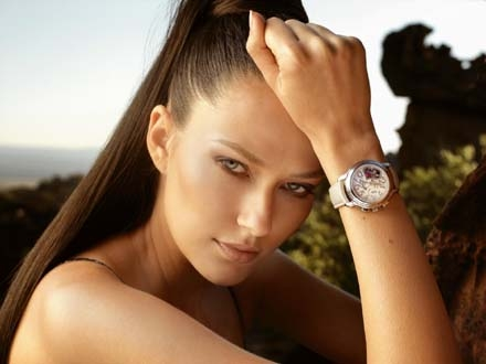 Стильные часы для женщин и мужчин