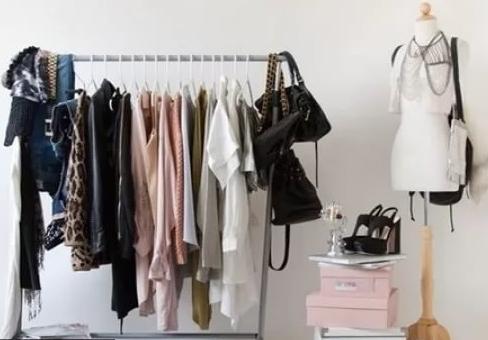 Базовый гардероб: что это