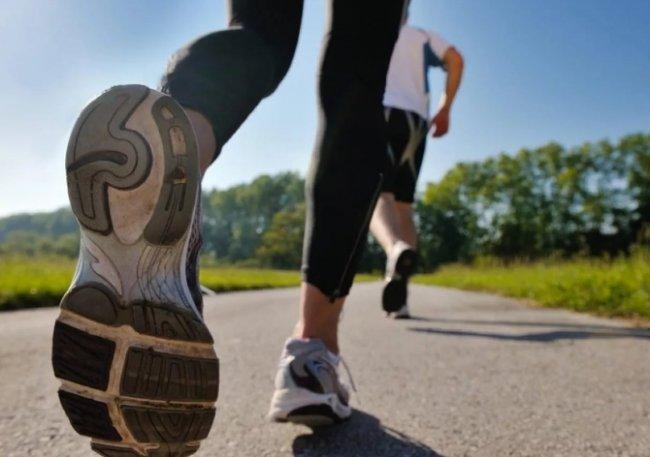 Выбираем обувь для занятия ходьбой