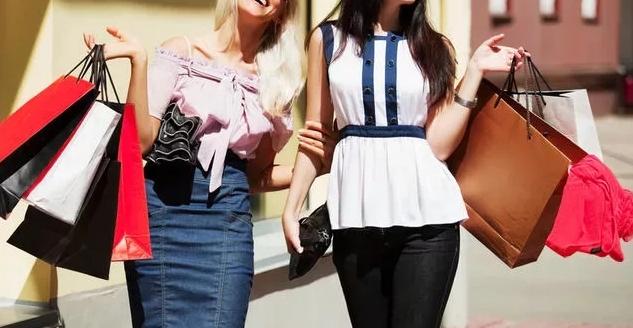 Заказ одежды из за рубежа – тренд любого модного сезона