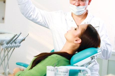 Посещение стоматолога-ортопеда