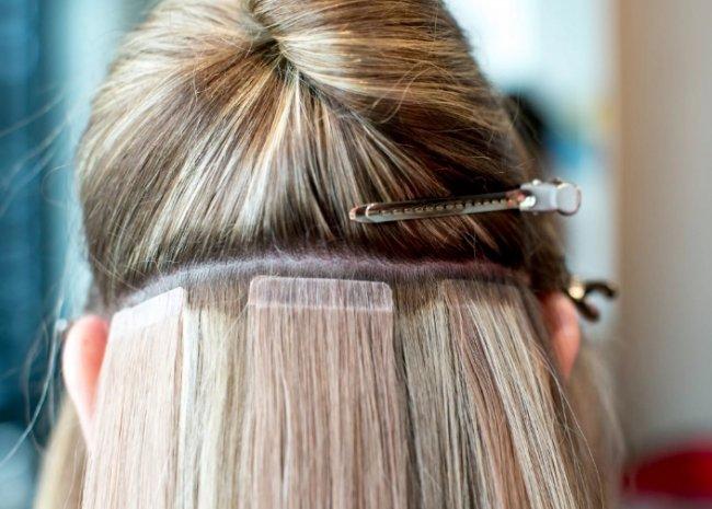 Технология холодного наращивания волос – красиво и безопасно