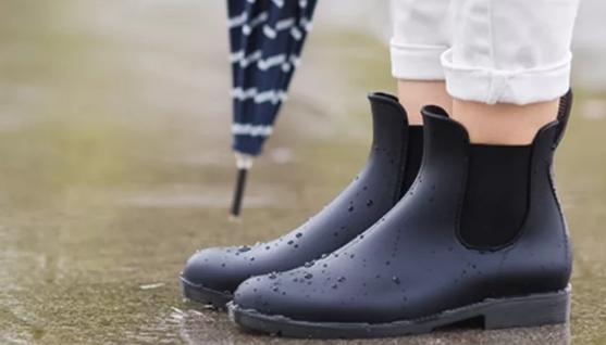 Выбираем обувь для дождливой осени
