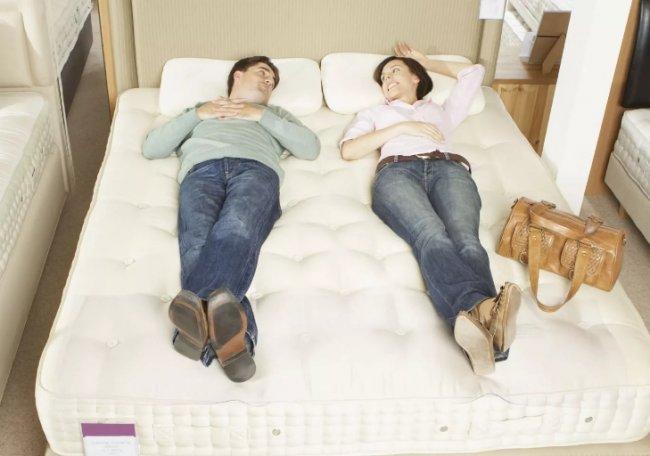 Как правильно выбрать удобную кровать
