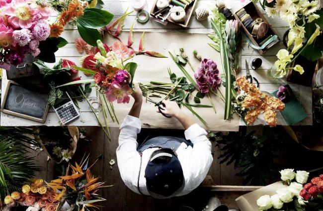 Салон доставки цветов – критерии выбора цветочного исполнителя