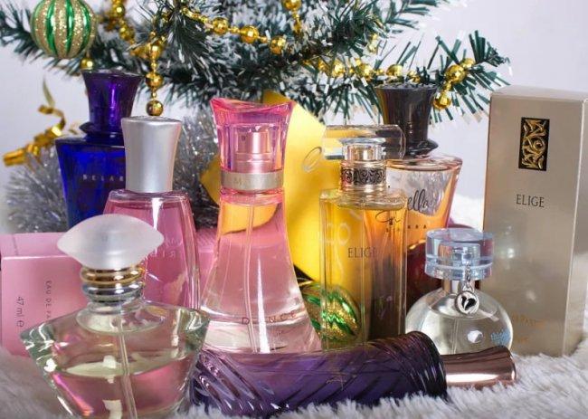 Как правильно выбрать оригинальные духи на Новый год?