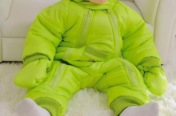 Одежда для зимы детям до 5 лет